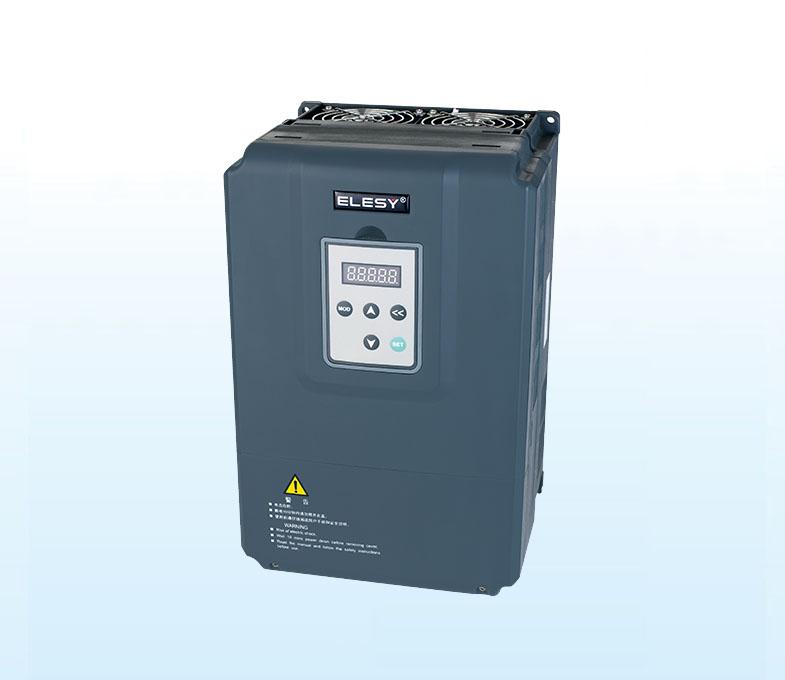 国产大功率伺服驱动器ES2-033T